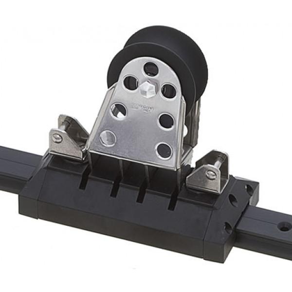 Viadana-24.82-Carrello regolabile per genoa con puleggia basculante per rotaia 31mm-30